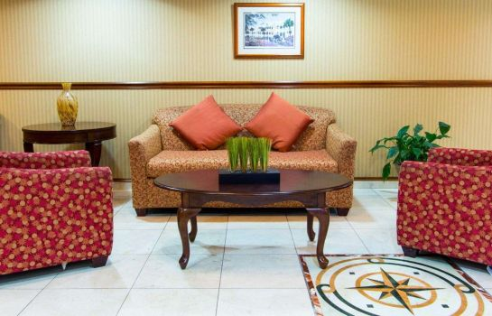 Lobby Comfort Inn and Suites Convention Center