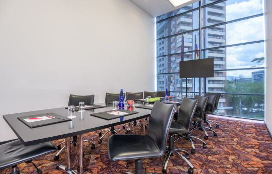 Meeting room NH Collection Medellín Royal