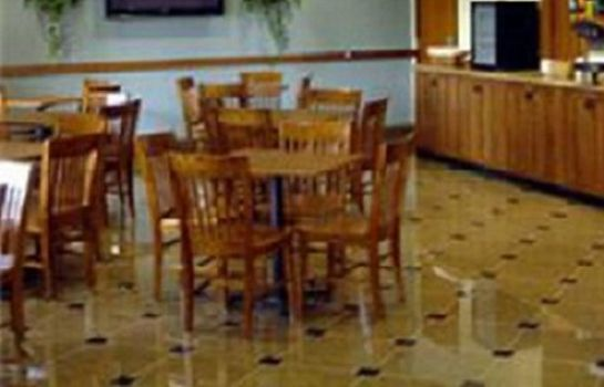 Lobby Mountain Inn And Suites Airport