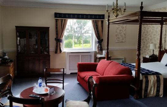 Junior Suite Haughton Hall