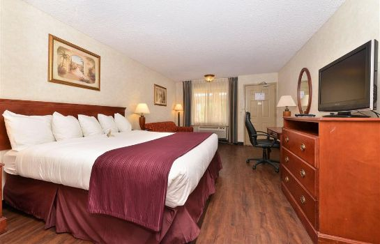 Camera Quality Inn and Suites Indio I-10