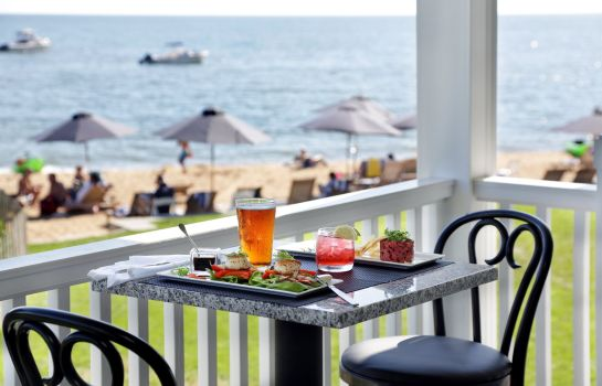 Restaurant Madison Beach Hotel Curio Collection by Hilton