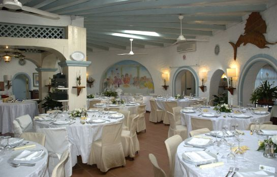 Restaurant Stefania Boutique Hotel by the Beach