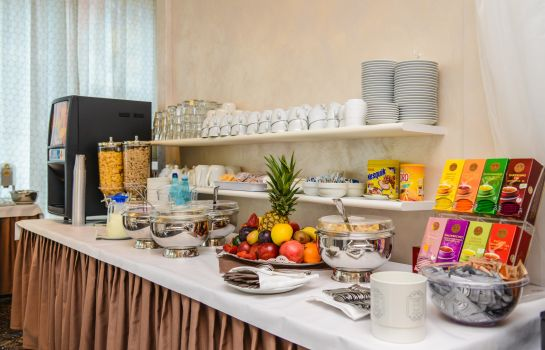 Breakfast buffet Suisse