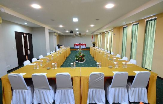 Meeting room The Grand Santhi Hotel