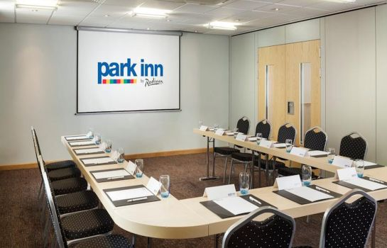 Meeting room Park Inn By Radisson Peterborough