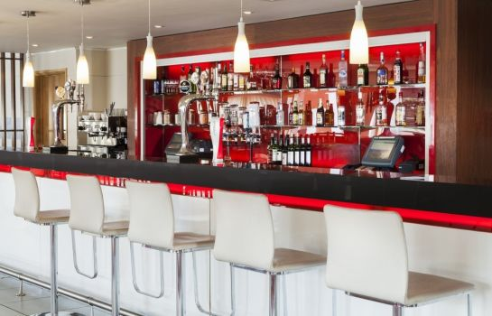 Hotel bar Park Inn By Radisson Peterborough