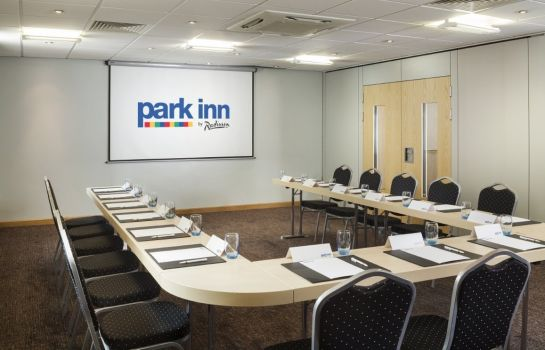 Conference room Park Inn By Radisson Peterborough