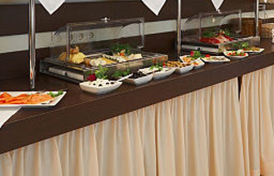 Ontbijtbuffet Ivbergs Hotel Messe Nord