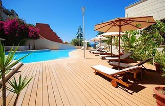Taras Macaris Suites and SPA