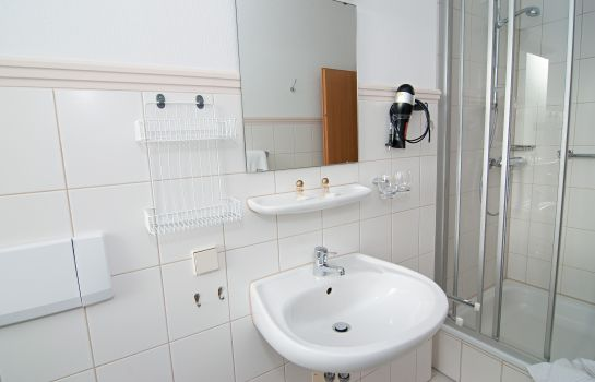 Bagno in camera Weisse Elster Vitalhotel