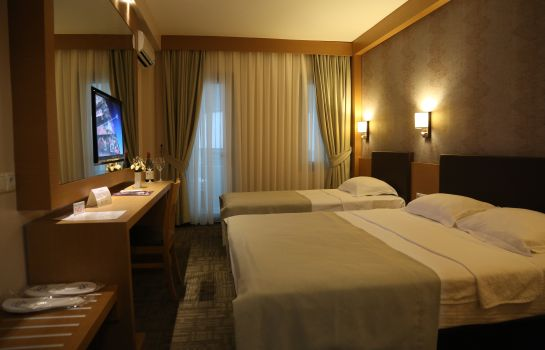Triple room Istankoy Hotel
