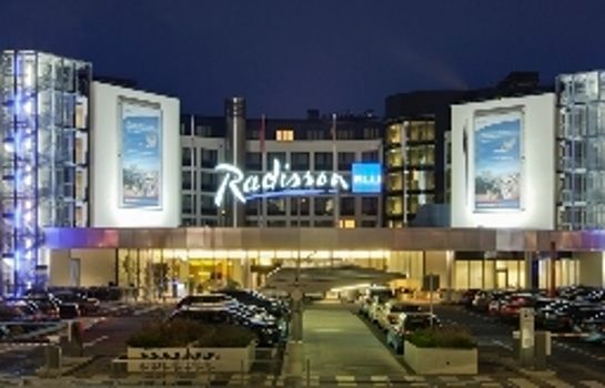 Exterior view RADISSON BLU HAMBURG AIRPORT RADISSON BLU HAMBURG AIRPORT