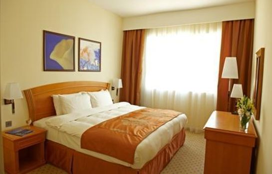 Suite Golden Tulip Hotel Apartments
