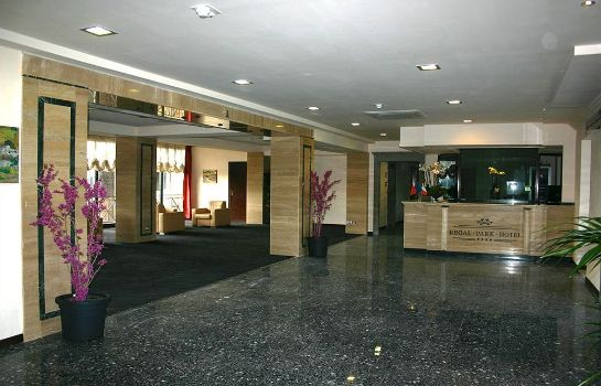 Hall Regal Park Hotel
