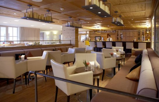 Hotel-Bar Grand Tirolia Golf & Ski Resort