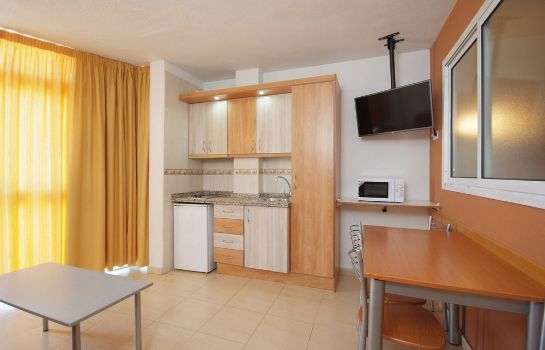 Kitchen in room Apartamentos Doramar
