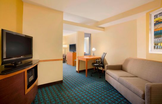 Suite Fairfield Inn & Suites Columbia Northeast Fairfield Inn & Suites Columbia Northeast