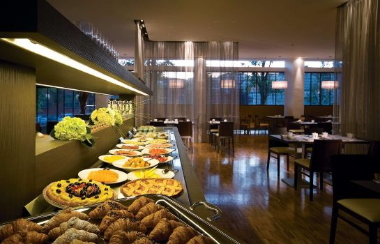 Restaurant DOUBLETREE BY HILTON MILAN