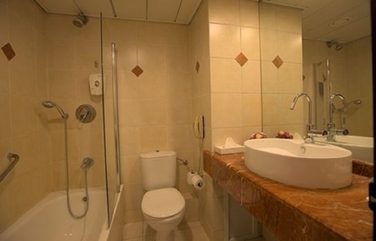 Bathroom Eldan Hotel Jerusalem