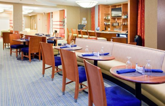 Restaurant Holiday Inn PETERSBURG NORTH- FORT LEE