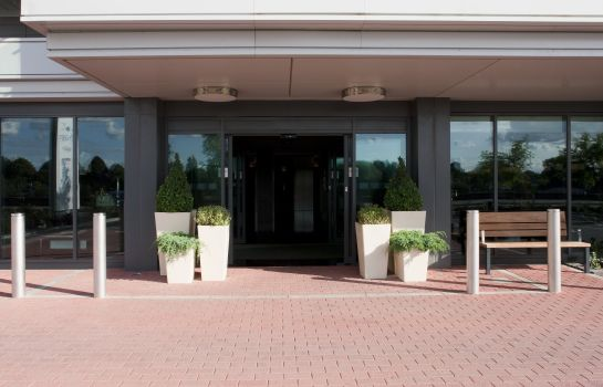 Exterior view Holiday Inn LONDON - KINGSTON SOUTH