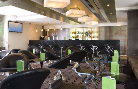 Hotel bar Holiday Inn LONDON - KINGSTON SOUTH