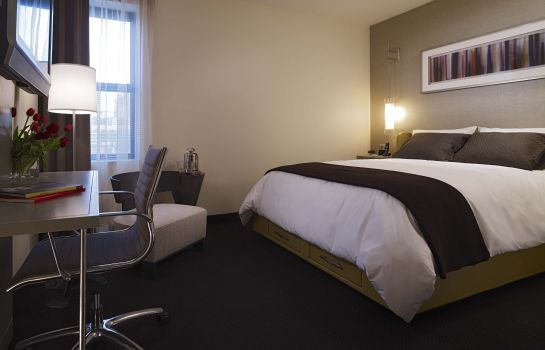Single room (standard) Hotel Felix Chicago