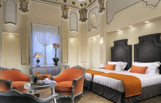 Suite Villa Le Maschere Small Luxury Hotels