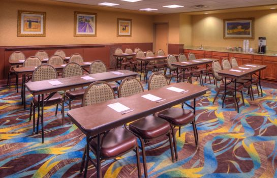 Conference room Hampton Inn - Suites Ontario
