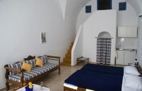Four-bed room Aethrio