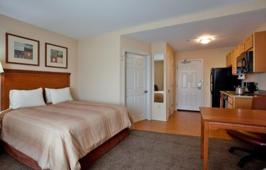 Zimmer Candlewood Suites NORFOLK AIRPORT