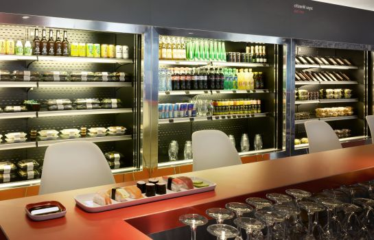 Bar del hotel citizenM Amsterdam