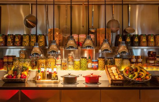Restaurant citizenM Amsterdam South