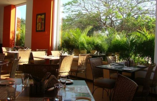 Restaurant Lemon Tree Chennai