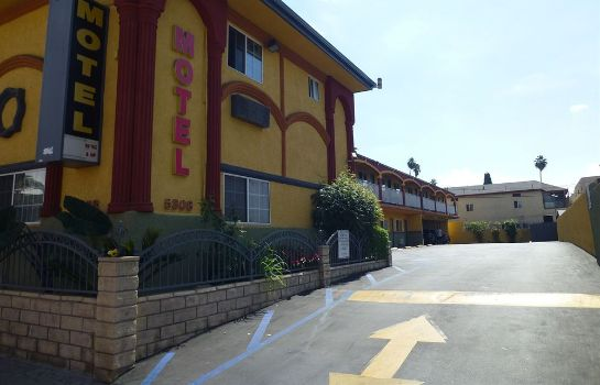 Vista exterior Economy Inn Hollywood