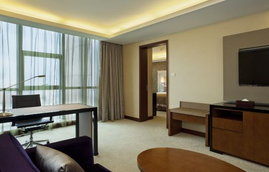Suite Haiwaihai Crown Hotel