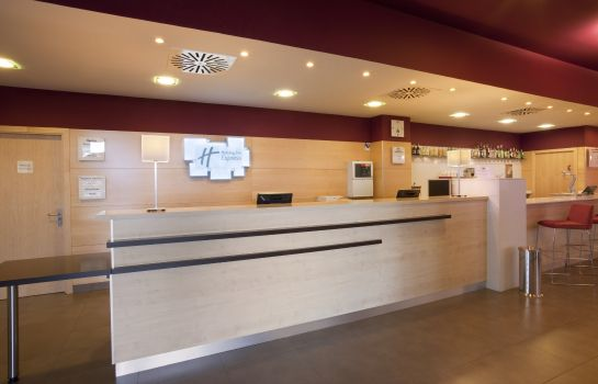 Vestíbulo del hotel Holiday Inn Express MADRID - GETAFE