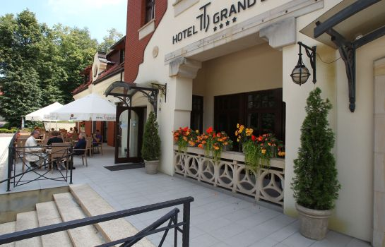 Exterior view Grand Sal