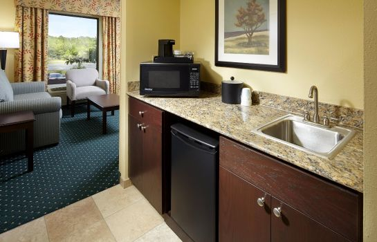 Hotel-Bar Hampton Inn - Suites Clearwater-St Petersburg-Ulmerton Road
