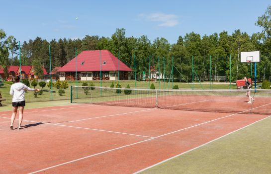 Court de tennis Bursztyn-Bernstein Kur- & Wellness