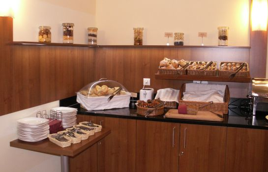 Breakfast buffet Star Inn Hotel Budapest Centrum, by Comfort