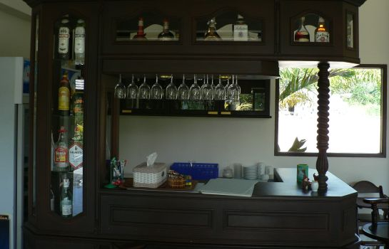Bar del hotel Noren Resort