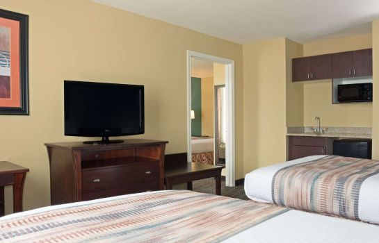 Suite BAYMONT IAH AIRPORT HOUSTON