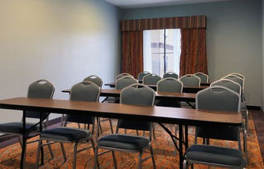 Conference room Baymont by Wyndham Houston Intercontinental Airport Baymont by Wyndham Houston Intercontinental Airport