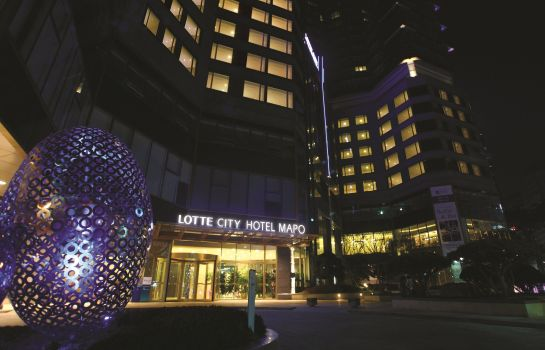 Exterior view Lotte City Hotel Mapo