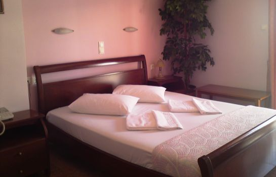 Double room (standard) Faros 2