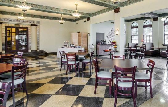 Restaurant an Ascend Hotel Collection Member Hotel Seville