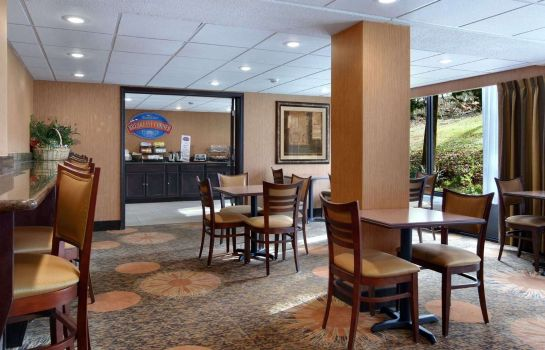 Restaurant Baymont Inn and Suites Branson - on The Strip