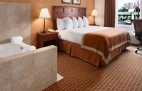 Room Baymont Inn and Suites Branson - on The Strip
